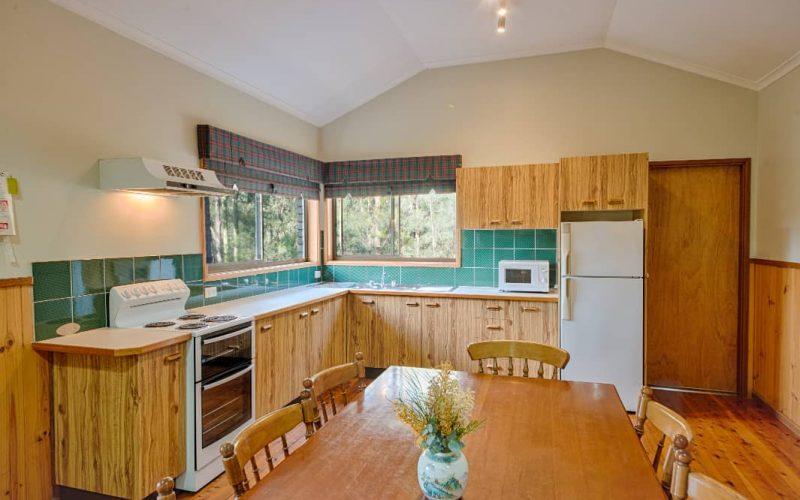 Morrison Cottage kitchen and dining area at Glen Ayr Cottages