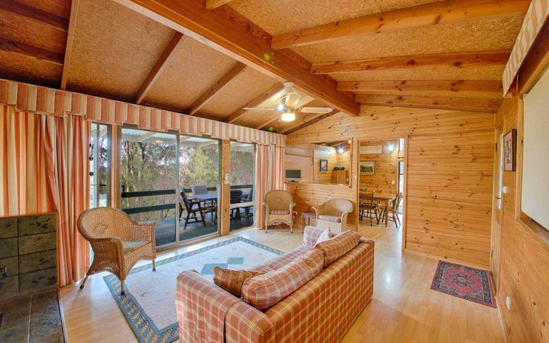 Stewart Cottage living area at Glen Ayr Cottages